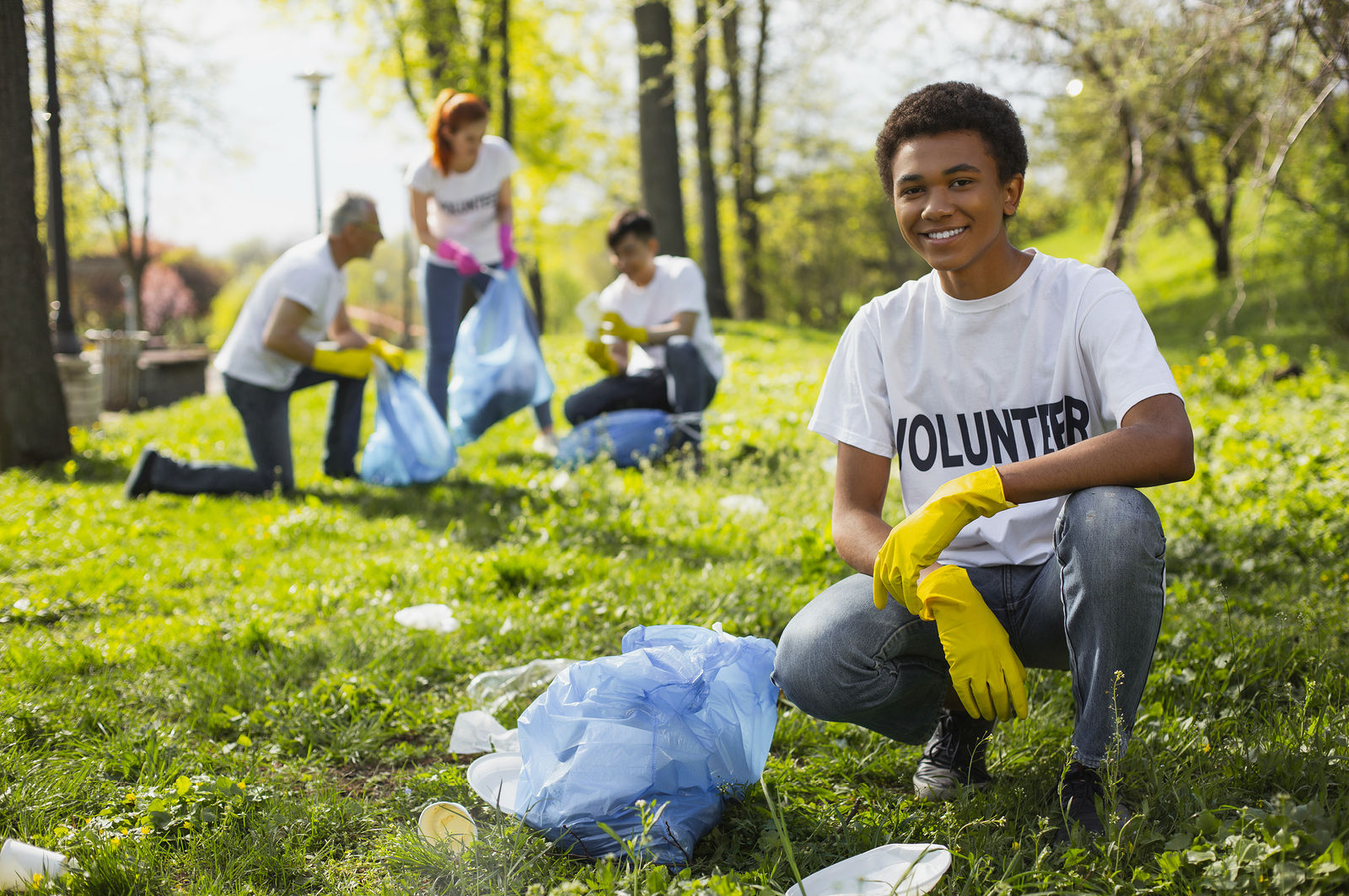 Teen-Friendly Volunteer Projects for the Summer