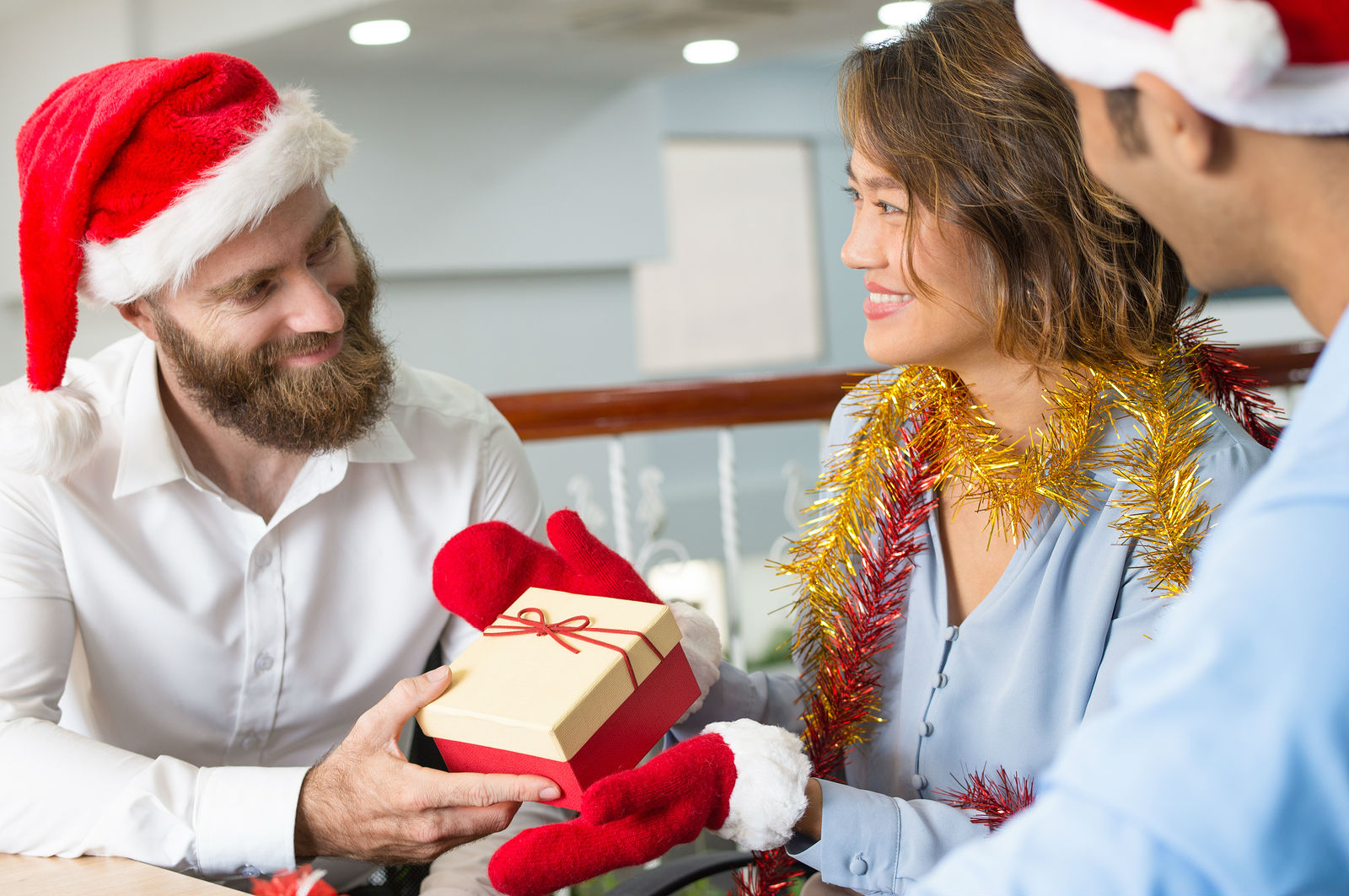 Thoughtful Gifts To Give A Leader This Christmas